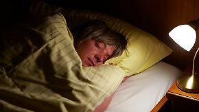 Fitness-Armband gibt Aufschluss: So lange schläft die Welt