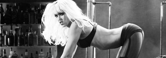 Jessica Alba spielt wieder Nancy Callahan, die als Stripperin arbeitet.