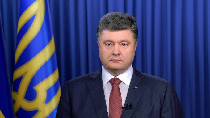 Einmarsch russischer Truppen: Poroschenko wirft Russland Militär-Invasion vor