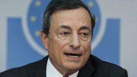 Reaktion sehr niedrige Inflation: EZB senkt Leitzins überraschend auf 0,05 Prozent