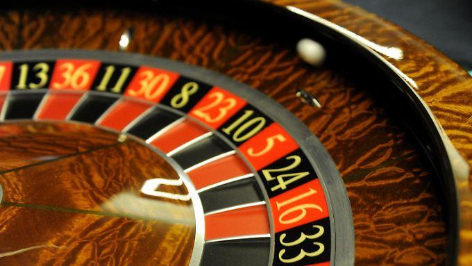 """Kreditverbriefungen gelten als ein Auslöser der Weltfinanzkrise, das Wort Casino-Kapitalismus macht die Runde. Nun kännte die Kugel bald wieder rollen - nur diesmal """"High Quality""""."""