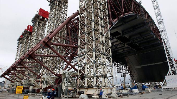 Für die Fertigstellung der neuen Schutzhülle für den zerstörten Atomreaktor in Tschernobyl braucht die Ukraine finanzielle Hilfe.