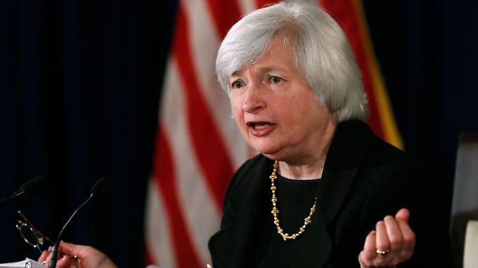 Fed-Chefin Yellen ändert die Wortwahl und die Märkte legen zu.