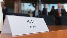 Vor der Anhörung im Paul-Löbe-Haus in Berlin.