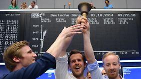 Börse wird zum Laufsteg: Zalando-Aktie fährt zum Start Achterbahn