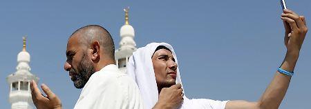 In Mekka ist ein wahrer Selfie-Wahn ausgebrochen.
