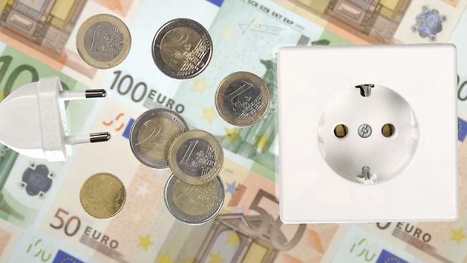 Teurer Saft aus der Dose: Für Private Haushalte hat sich der Strompreise am stärksten verteuert.