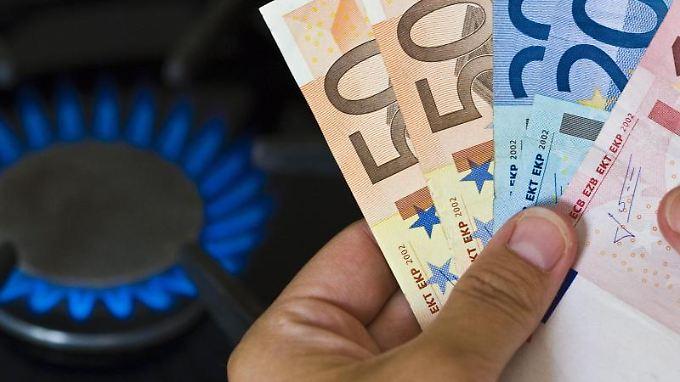 Wer für die kommende Heizperiode steigende Gaspreise fürchtet, kann sich mit einer Preisgarantie absichern. Foto: Patrick Pleul
