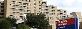Der Eingang zum Texas Health Presbyerian Hospital in Dallas.