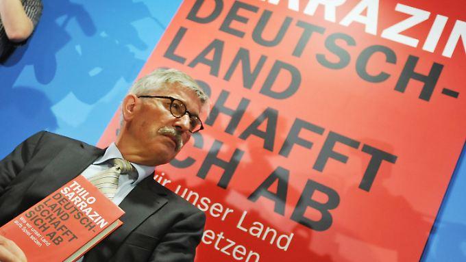 Provozierend und umstritten: Sarrazin präsentiert sein neues Buch