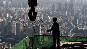 Shenjang, eine der vielen aufstrebenden Städte Chinas Sie wächst und das chinesische BIP auch.