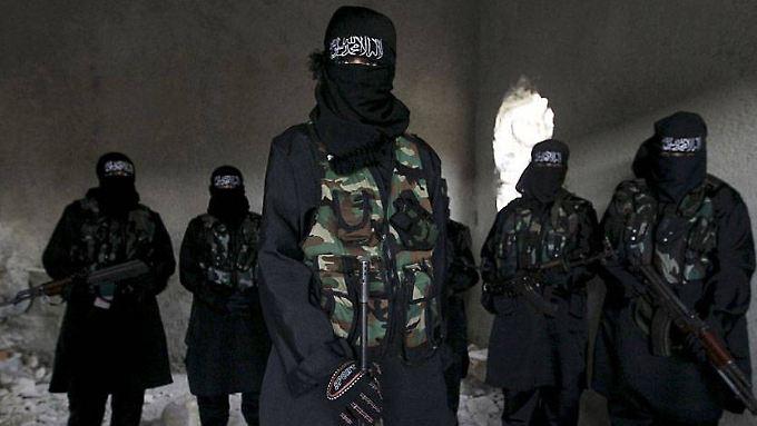 Die berüchtigte al-Khanssaa-Brigade, eine rein weibliche Polizeitruppe des IS.