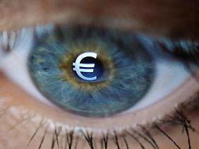 Viele Banken werben intensiv um Neukunden und loben für einen Wechsel zwischen 50 und 250 Euro aus.