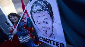 Massendemo in Rom: Italiener protestieren gegen Renzis Arbeitsmarktreformen