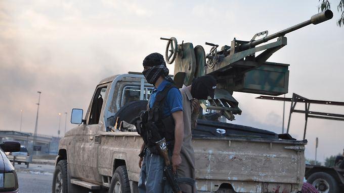 Kämpfer des Islamischen Staats verschießen massenhaft US-Munition.