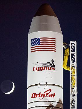"""""""Cygnus"""" hat 2,3 Tonnen Vorräte und Instrumente geladen."""