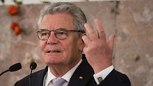 Präsident hadert mit Linken: Gauck tut sich mit Wahl Ramelows schwer