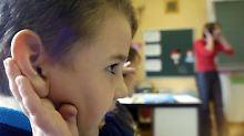 Studie zur Fluglärmdebatte: Kinder lernen bei Krach langsamer lesen