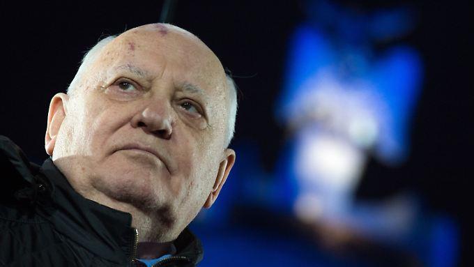 Nach 25 Jahren Mauerfall: Gorbatschow warnt vor Neuauflage des Kalten Krieges