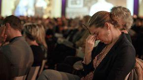 """""""Wir wollen Gerechtigkeit"""": Niederländer gedenken Opfern von Flug MH17"""