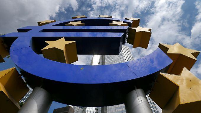 Das Inflationsziel der EZB von zwei Prozent rückt zum Jahresende wieder in greifbare Nähe.