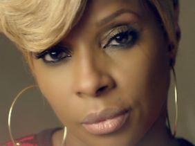 Mary J. Blige wurde 1971 in New York geboren.