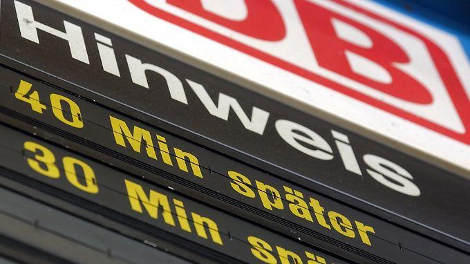 Politik fordert Konsequenz: Verspätungen bei der Bahn nehmen 2013 deutlich zu
