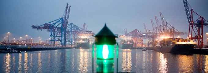 Der Hamburger Hafen ist für deutsche Waren das Tor zur Welt.