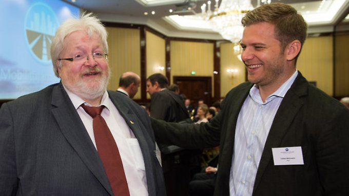 Herausforderer und Herausgeforderter: Uber-Deutschland-Chef Fabien Nestmann (r.) und  Michael Müller, Präsident des Deutschen Taxi-und Mietwagenverbandes BZP.