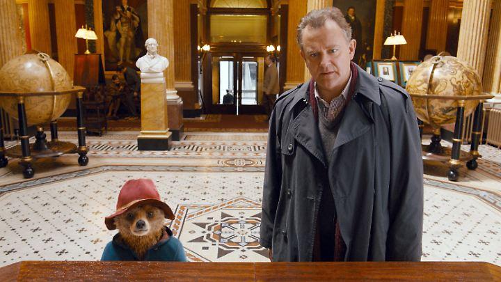 Paddington mit Mister Brown (Hugh Bonneville).