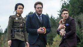 "Seth Rogen (M.) und James Franco spielen die Hauptrollen in ""The Interview""."
