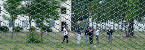 Nach einer Übergangszeit sollen sich Asylbewerber frei im Land bewegen können.