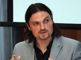 Lutz Pfannenstiel ist Experte für internationalen Fußball.