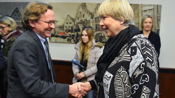 Um Entspannung bemüht: Bahn-Personalvorstand Ulrich Weber und EVG-Verhandlungsführerin  Rusch-Ziemba.