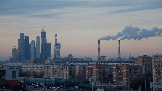 Moskaus Notenbank hat zu spät und zu schwach reagiert, schätzen Analysten.