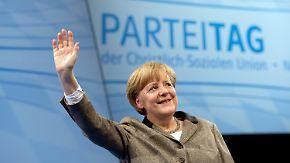 """CSU-Parteitag in Nürnberg: Merkel sieht """"gute Chancen"""" für die Pkw-Maut"""