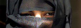 Fußball nur für Männer: Saudische Frau verliert Versteckspiel