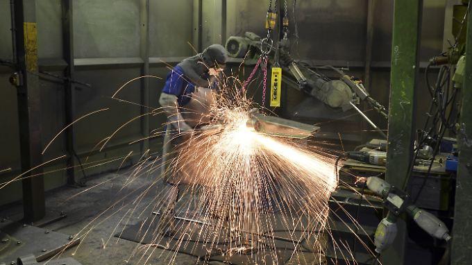 Die Wirtschaft brummt, kann nach Ansicht der IfW-Experten aber auch überhitzen.