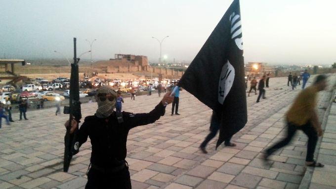 Die Zeiten der schnellen Triumphe des IS sind vorbei. Jetzt gilt es, eroberte Gebiete zu halten, und das ist ein entbehrungsreiches Unterfangen.