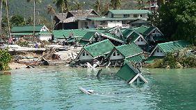 n-tv Auslandsreport Spezial: Augenzeugen berichten vom Jahrhundert-Tsunami