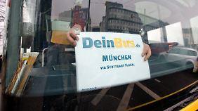 Rettung nach Insolvenz: DeinBus.de darf weiterfahren