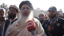 Nach Schul-Massaker in Pakistan: Stimmung kippt gegen radikale Geistliche