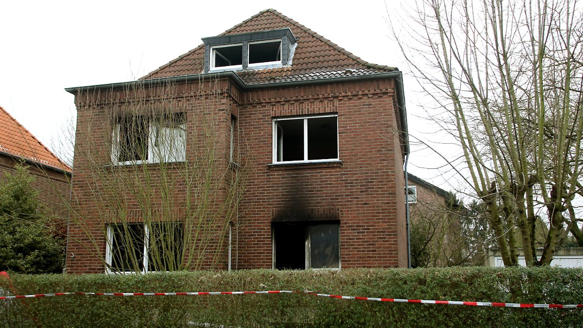 Zwei Kinder sterben bei Hausbrand in Kleve