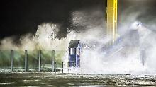 """Glatteis und Sturmflut: Tief """"Alexander"""" fordert Tote und Verletzte"""
