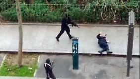 Terror in Paris: Täter erschießen Mann auf der Straße