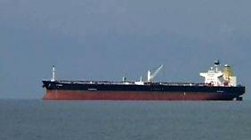 Warten auf steigende Preise: Shell und Co bunkern Öl in Riesentankern auf See