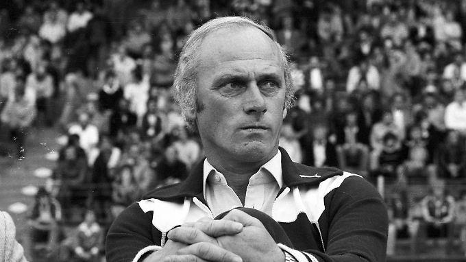 Er war der erfolgreichste Trainer in Deutschland, jetzt ist Udo Lattek im Alter von 80 Jahren gestorben.