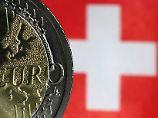 Kampf gegen starken Franken: Schweizer Notenbank kauft noch mehr Euro