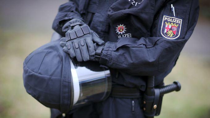 Terrorismusgefahren sorgen für eine zusätzliche Belastung der Polizei.