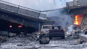 Kämpfe am Flughafen von Donezk: Blutvergießen in der Ostukraine geht weiter